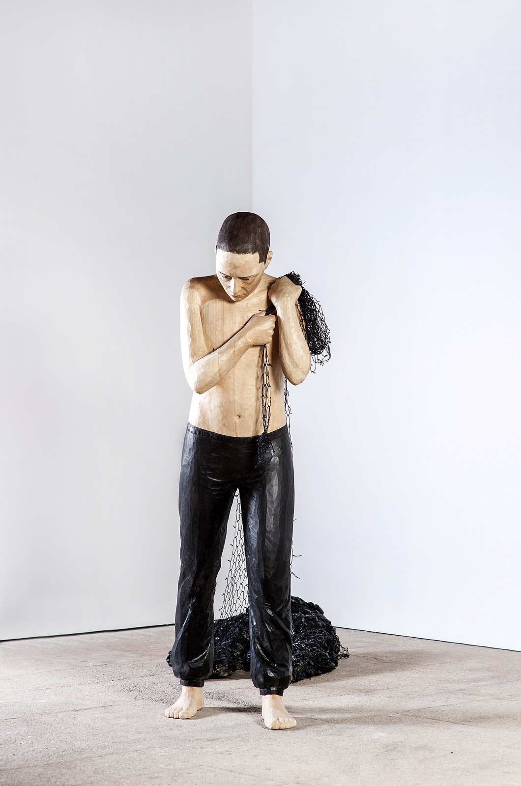Metanoioa series, 2013, wood, 175 x 56 x 40 cm